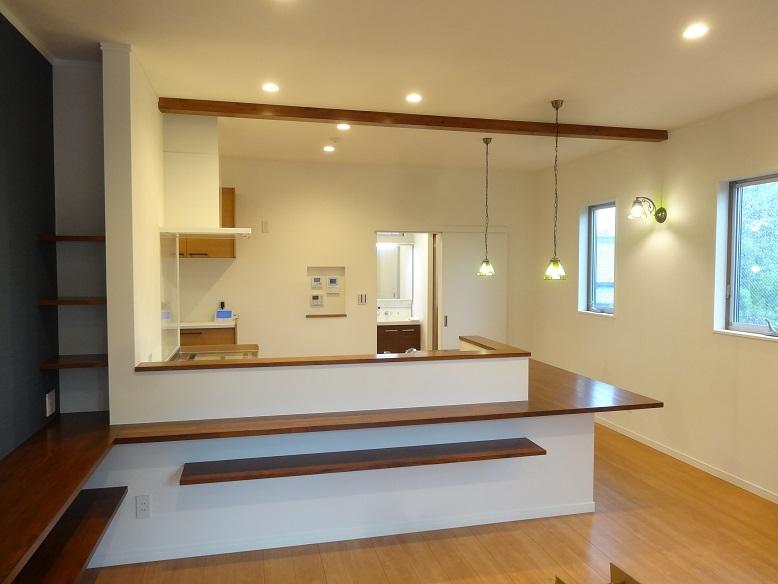好評のL型キッチン&造作ダイニングカウンター