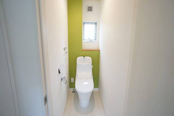 1階のトイレはグリーンです