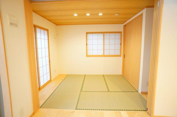 和室はやっぱり落ち着きます。